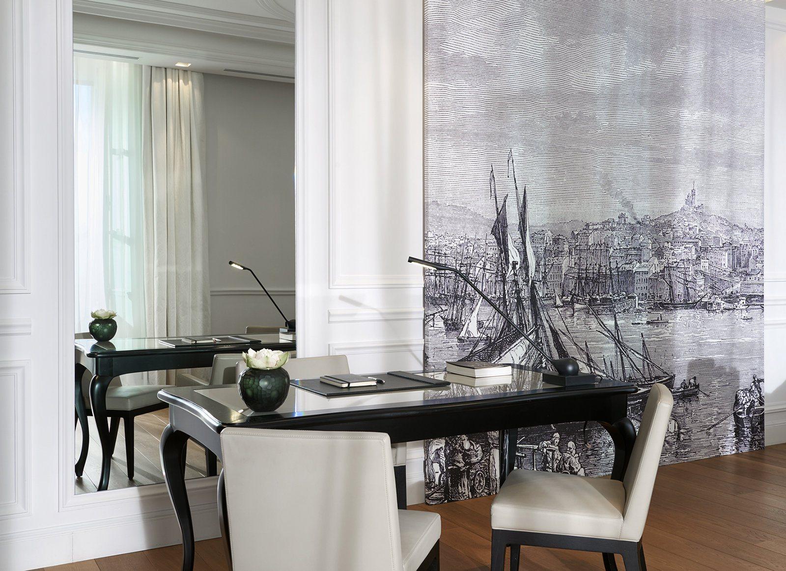 InterContinental-Marseille-Hotel-Dieu-Suite-Presidentielle-salon