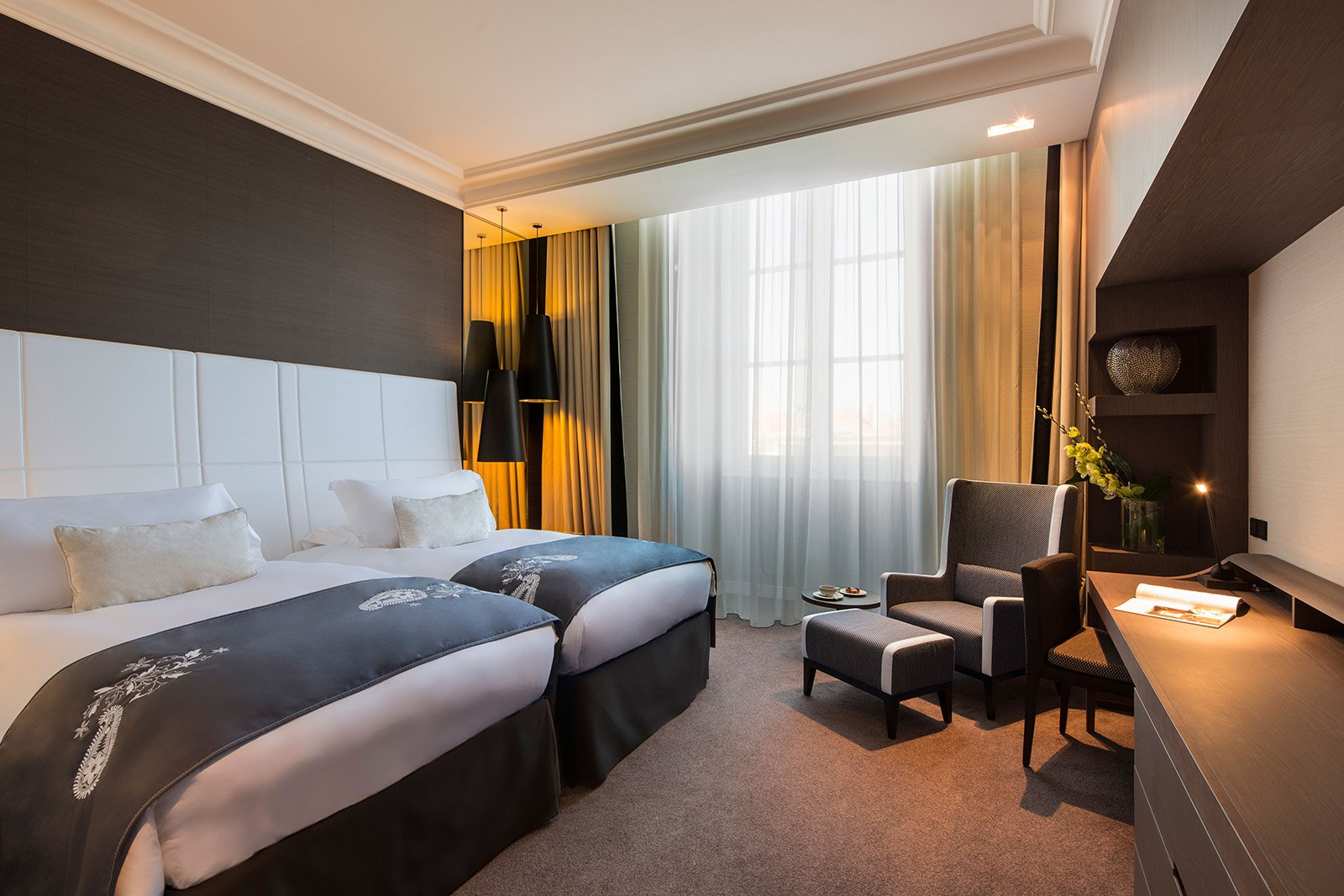 InterContinental-Marseille-Hotel-Dieu-chambre-executive-twin-2