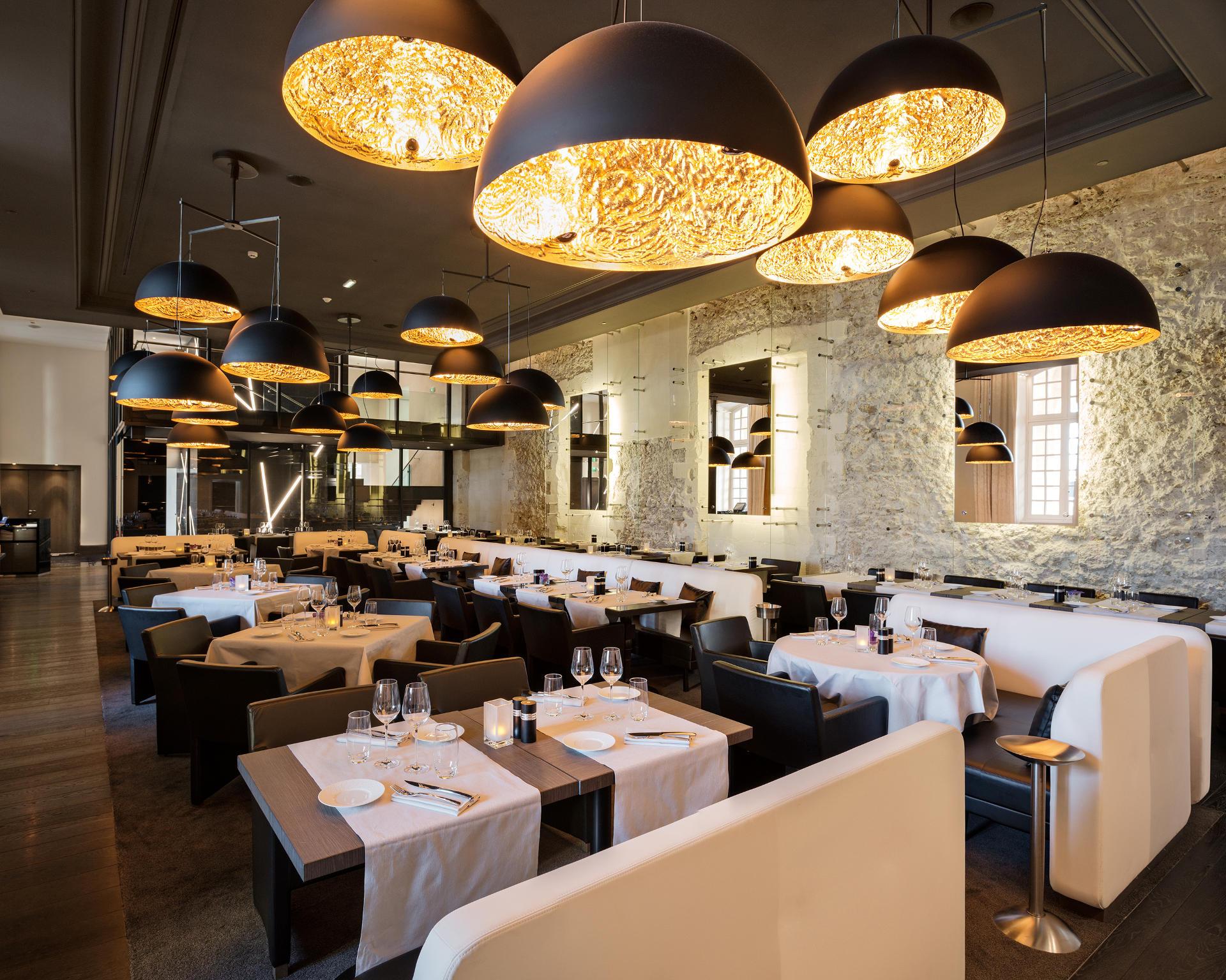 InterContinental-Marseille-Hotel-Dieu-Brasserie-Les-Fenêtres-2