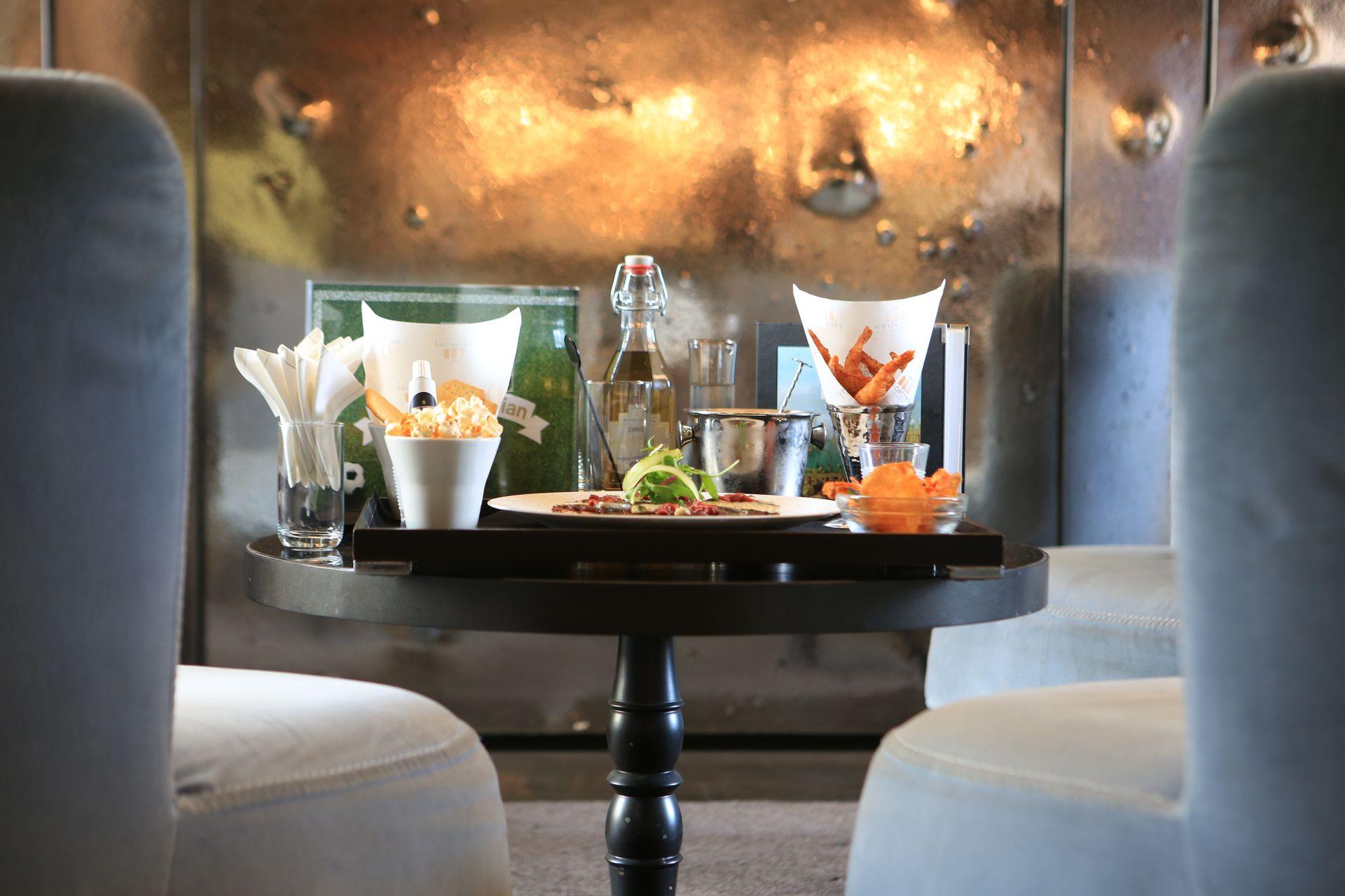 InterContinental-Marseille-Hotel-Dieu-bar-Le-Capian-Droit-au-Capian
