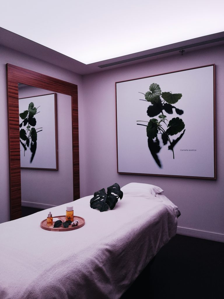 Table de massage Spa Clarins